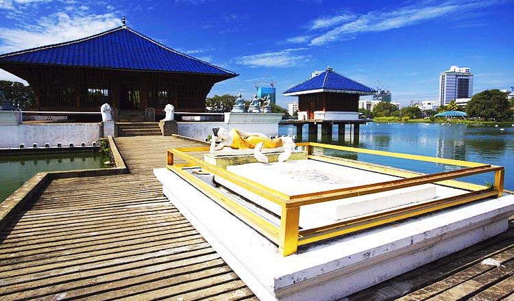 Beira Lake and Seema Malaka